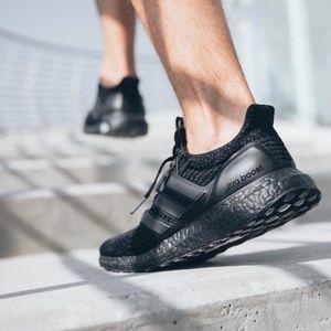 Adidas Ultra Boost Triple Boost 3.0 Sneakers